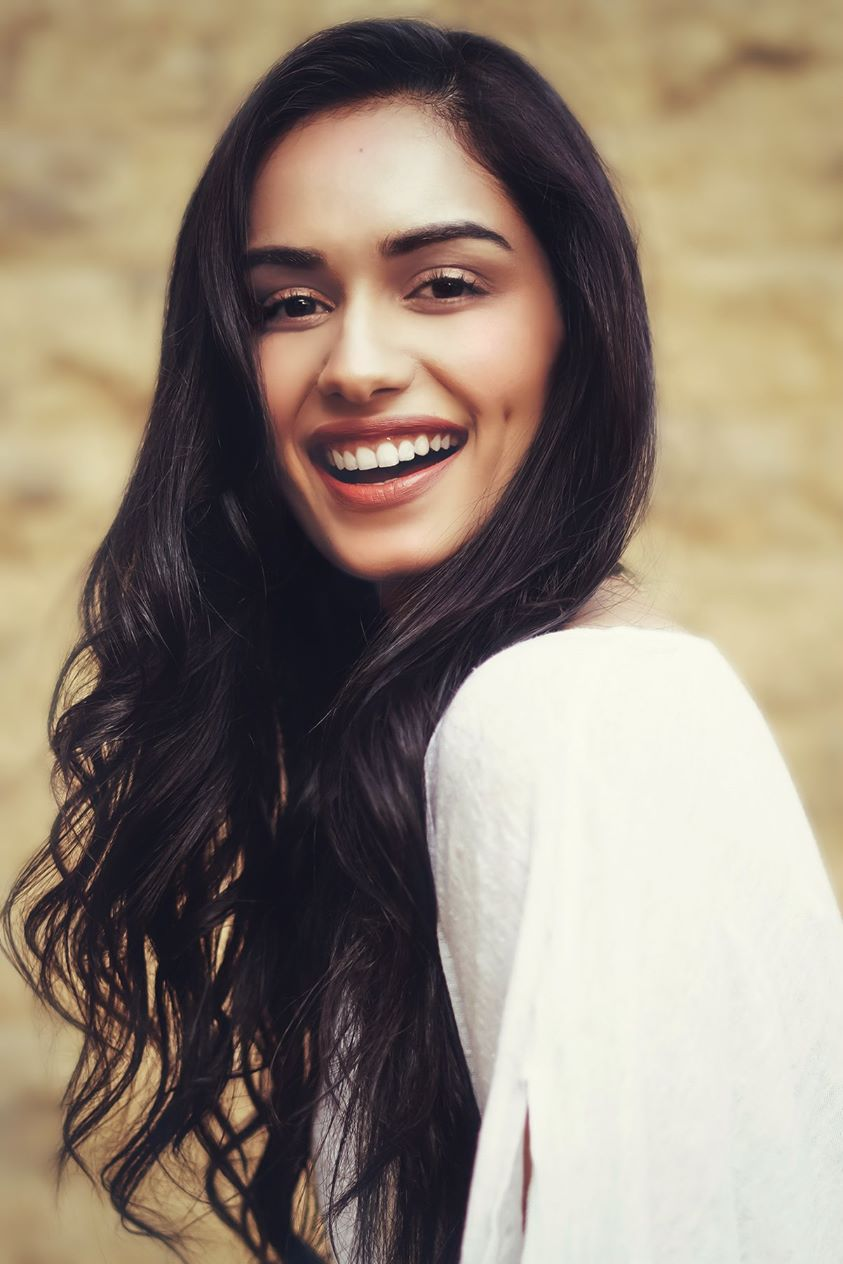 Manushi Chillar ( Miss World 2017)-Biography, Education, Career, Networth, Lifestyle, Facts and More...
